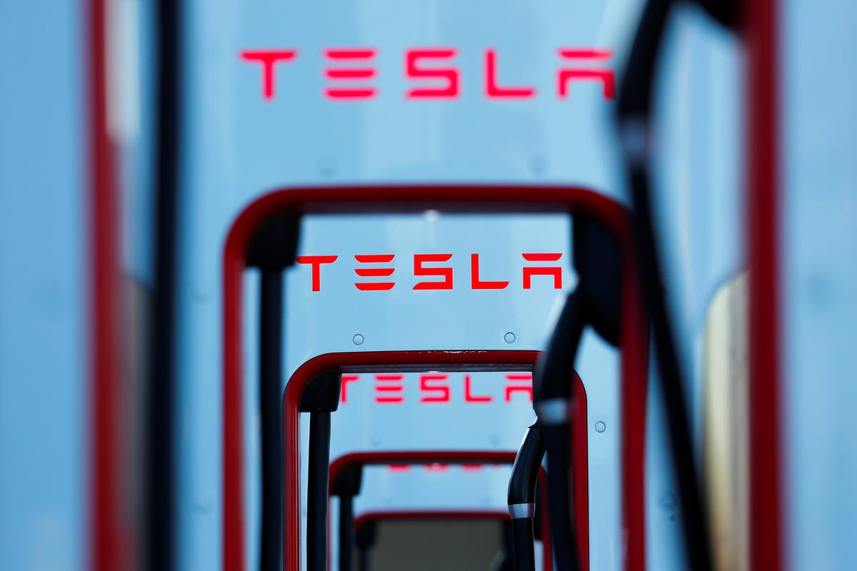 , High expectations for Tesla, and a long way to go to match rivals' steady profit – Source Reuters Tech News, iBSC Technologies - learning management services, LMS, Wordpress, CMS, Moodle, IT, Email, Web Hosting, Cloud Server,Cloud Computing
