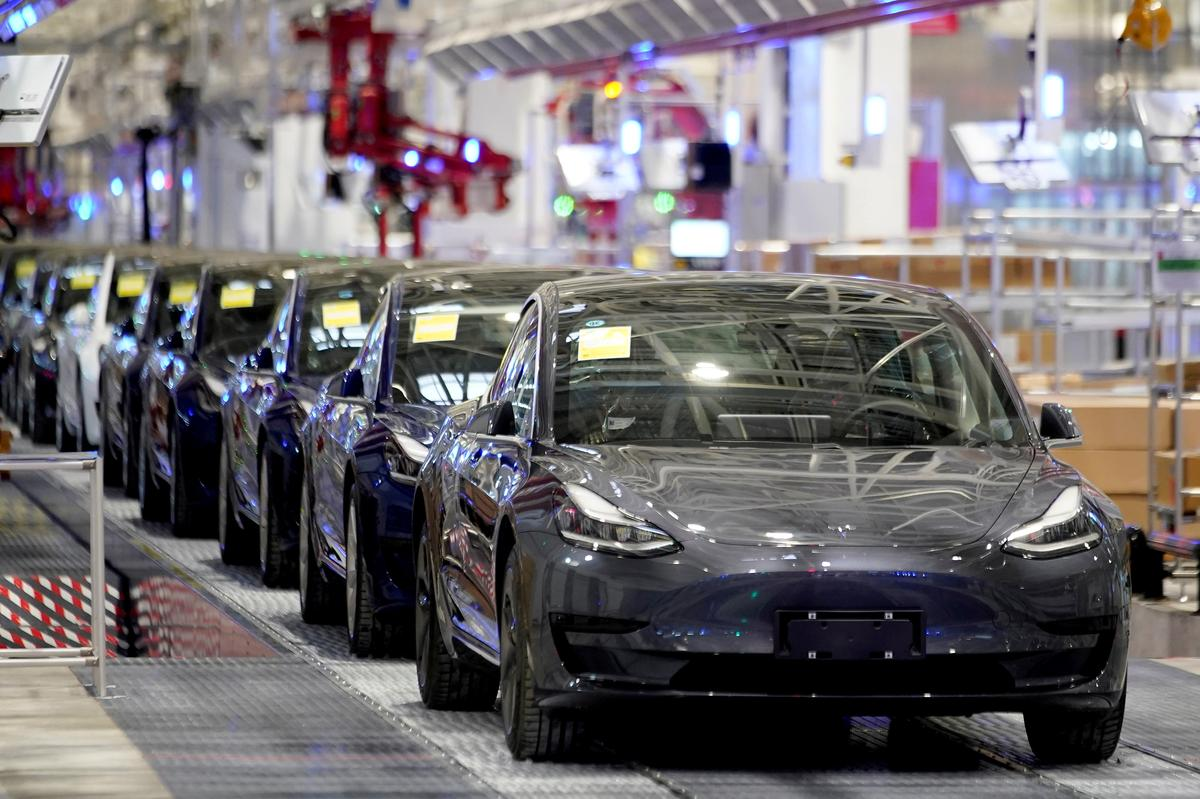 , China's CATL signs battery supply agreement with Tesla – Source Reuters Tech News, iBSC Technologies - learning management services, LMS, Wordpress, CMS, Moodle, IT, Email, Web Hosting, Cloud Server,Cloud Computing