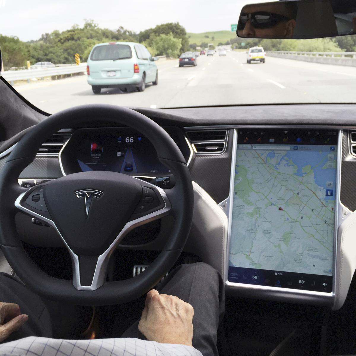 , NTSB faults Tesla, U.S. regulators in deadly 2018 Autopilot crash – Source Reuters Tech News, iBSC Technologies - learning management services, LMS, Wordpress, CMS, Moodle, IT, Email, Web Hosting, Cloud Server,Cloud Computing