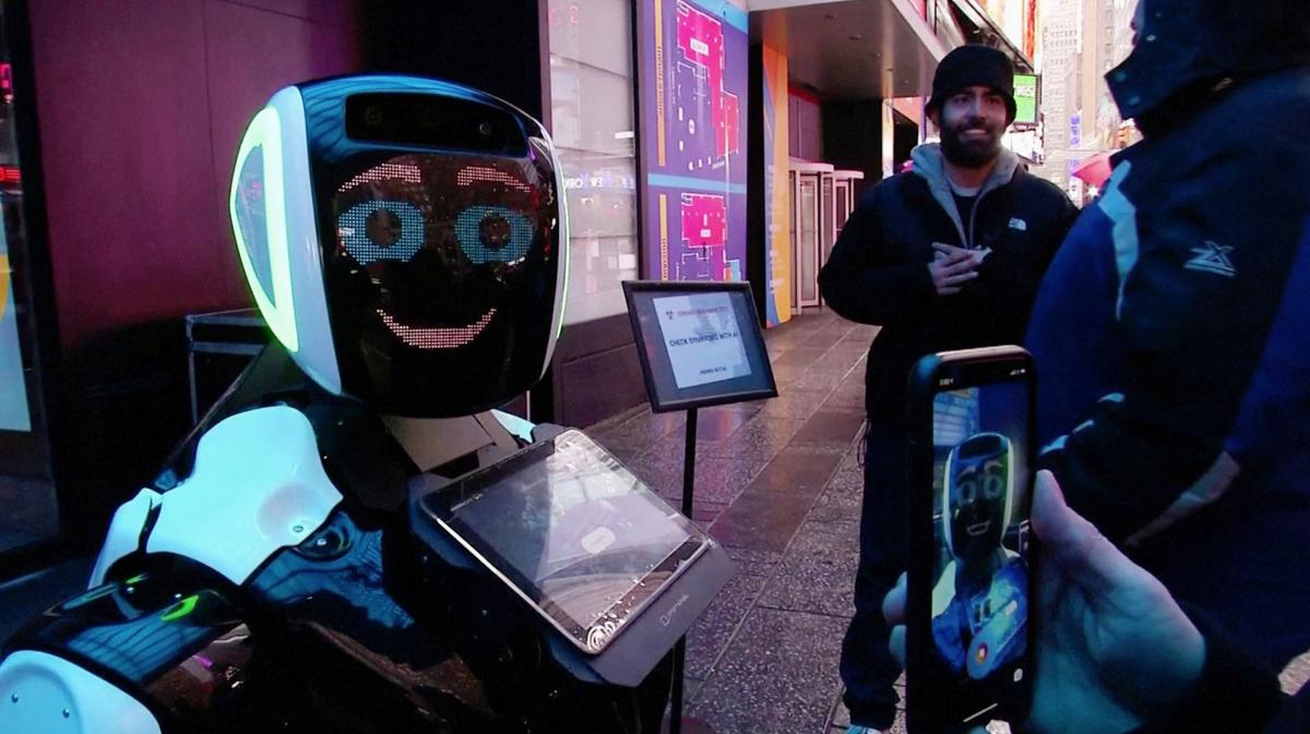 , Robot with coronavirus advice hits Times Square – Source Reuters Tech News, iBSC Technologies - learning management services, LMS, Wordpress, CMS, Moodle, IT, Email, Web Hosting, Cloud Server,Cloud Computing