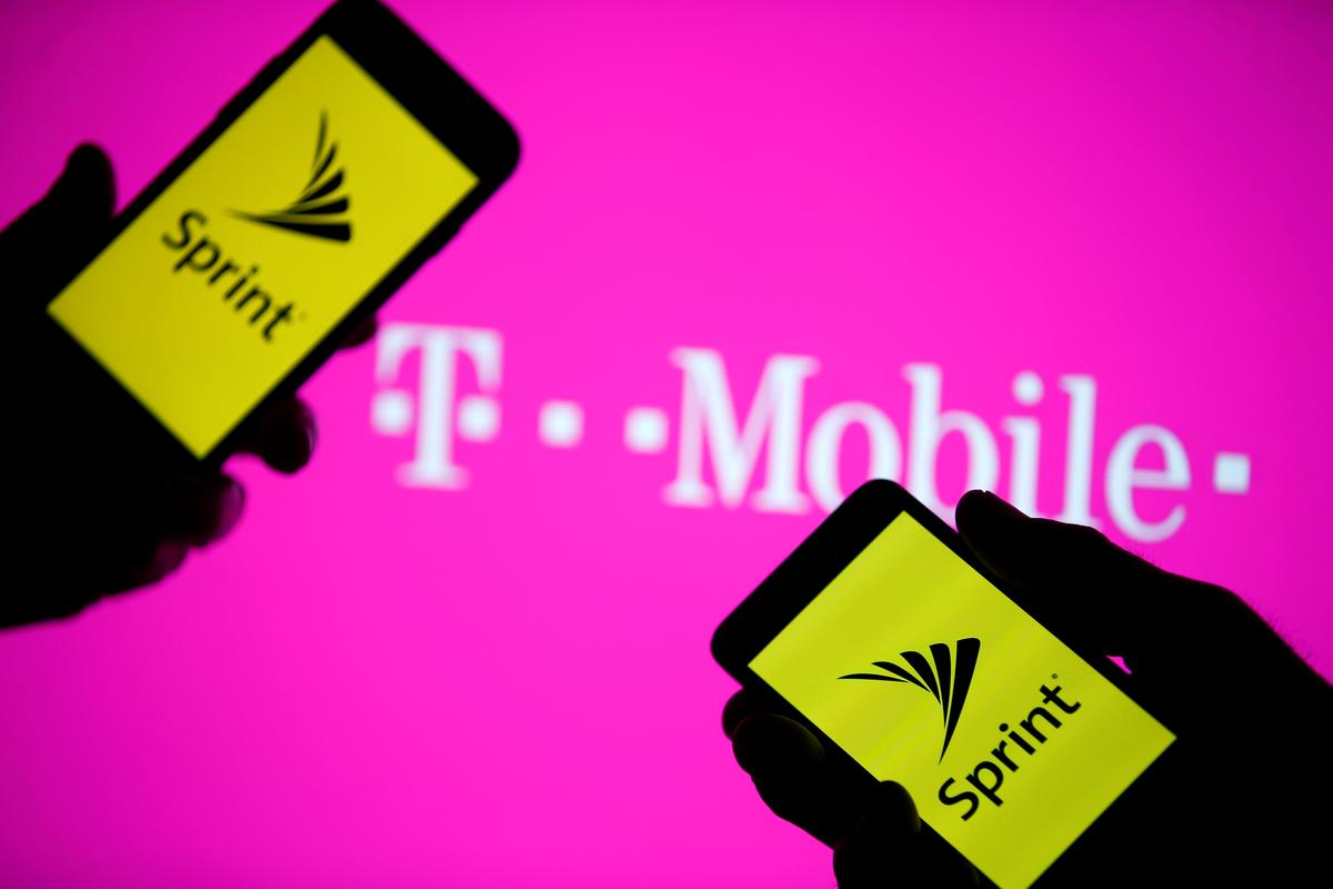 , T-Mobile-Sprint merger wins approval from U.S. judge – Source Reuters Tech News, iBSC Technologies - learning management services, LMS, Wordpress, CMS, Moodle, IT, Email, Web Hosting, Cloud Server,Cloud Computing