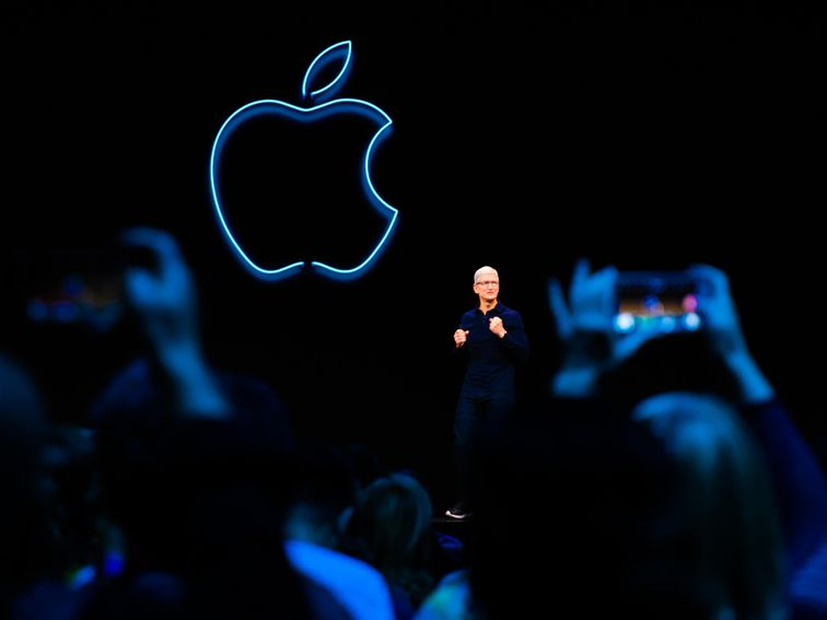 , Apple gets restraining order against man accused of stalking CEO Tim Cook – Source CNET Tech, iBSC Technologies - learning management services, LMS, Wordpress, CMS, Moodle, IT, Email, Web Hosting, Cloud Server,Cloud Computing