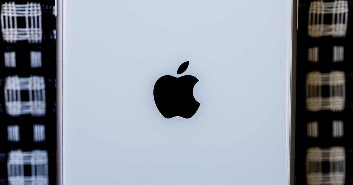 , Apple takes its retail-store education and holiday activities online – Source CNET Tech, iBSC Technologies - learning management services, LMS, Wordpress, CMS, Moodle, IT, Email, Web Hosting, Cloud Server,Cloud Computing
