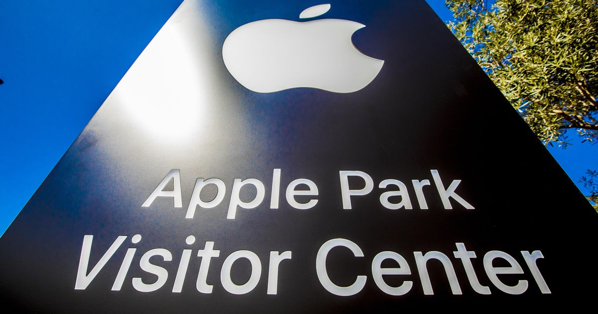 , Apple security chief accused of offering bribe of iPads for gun permits – Source CNET Tech, iBSC Technologies - learning management services, LMS, Wordpress, CMS, Moodle, IT, Email, Web Hosting, Cloud Server,Cloud Computing
