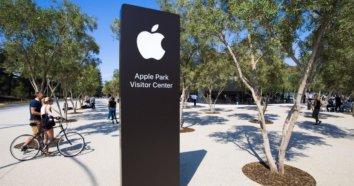 , Apple plans North Carolina campus and 20,000 new jobs across the US – Source CNET Tech, iBSC Technologies - learning management services, LMS, Wordpress, CMS, Moodle, IT, Email, Web Hosting, Cloud Server,Cloud Computing