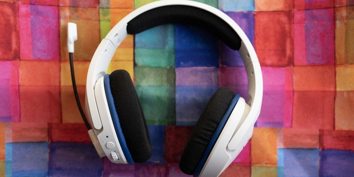 hyperx-stinger-core-wireless-dsc01977-best-headsets.jpg
